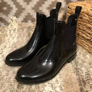 Sam Edelman Black Tinsley Chelsea Ankle Rainboots